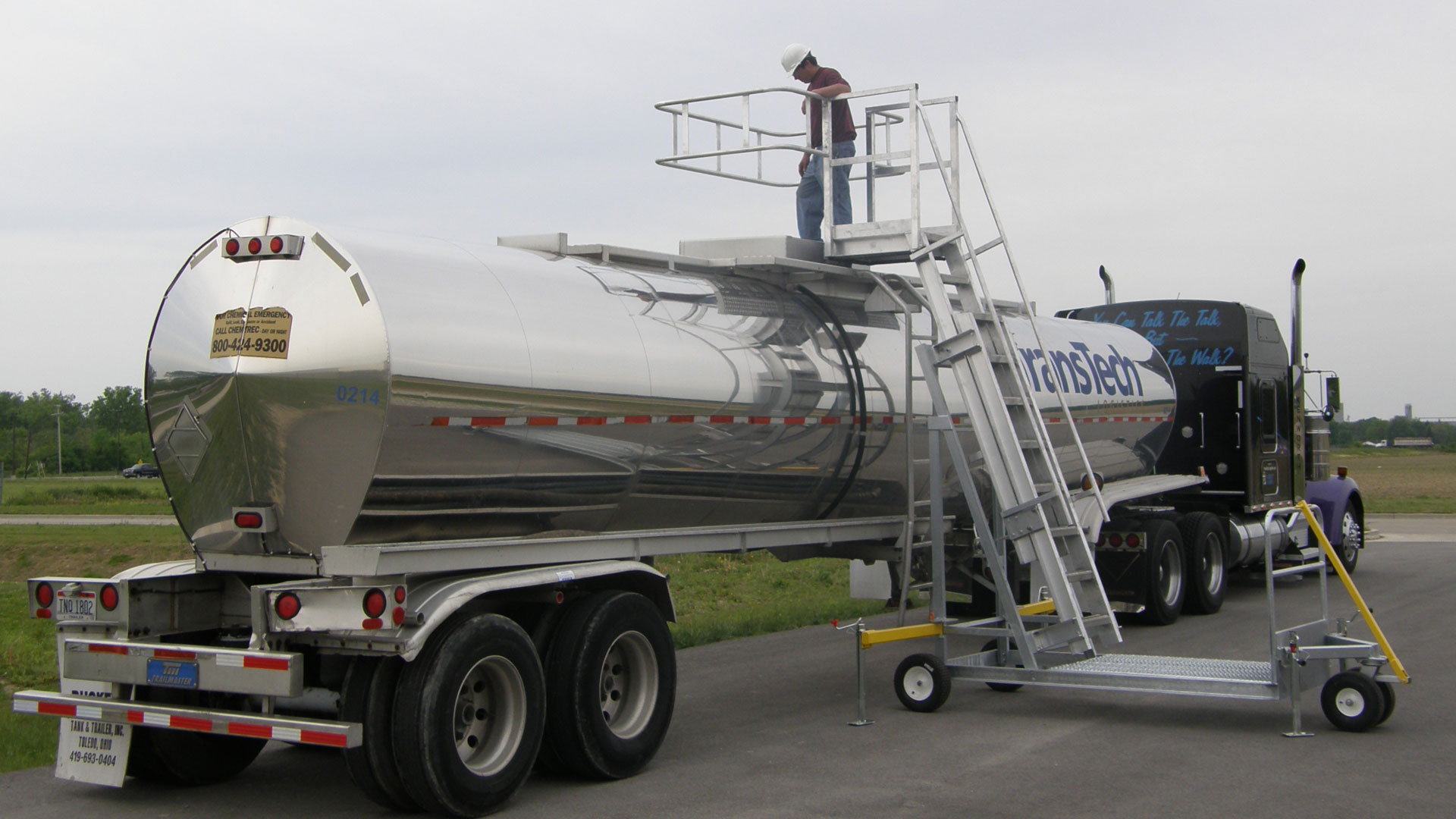 Tank truck access with fall prevention creates a 4x6 foot three-rail safety enclosure that meets or exceeds OSHA requirements.